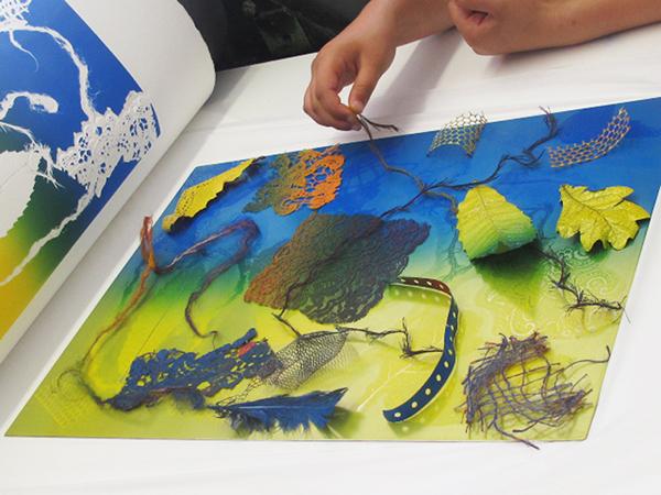 sudbourne-printmakers-workshop-printmaking-textures-print-600x450